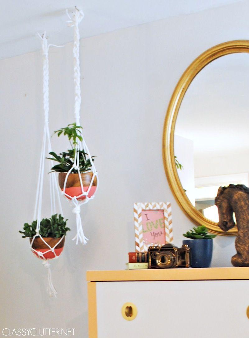 DIY Macramé Hanging Planters   www.classyclutter.net