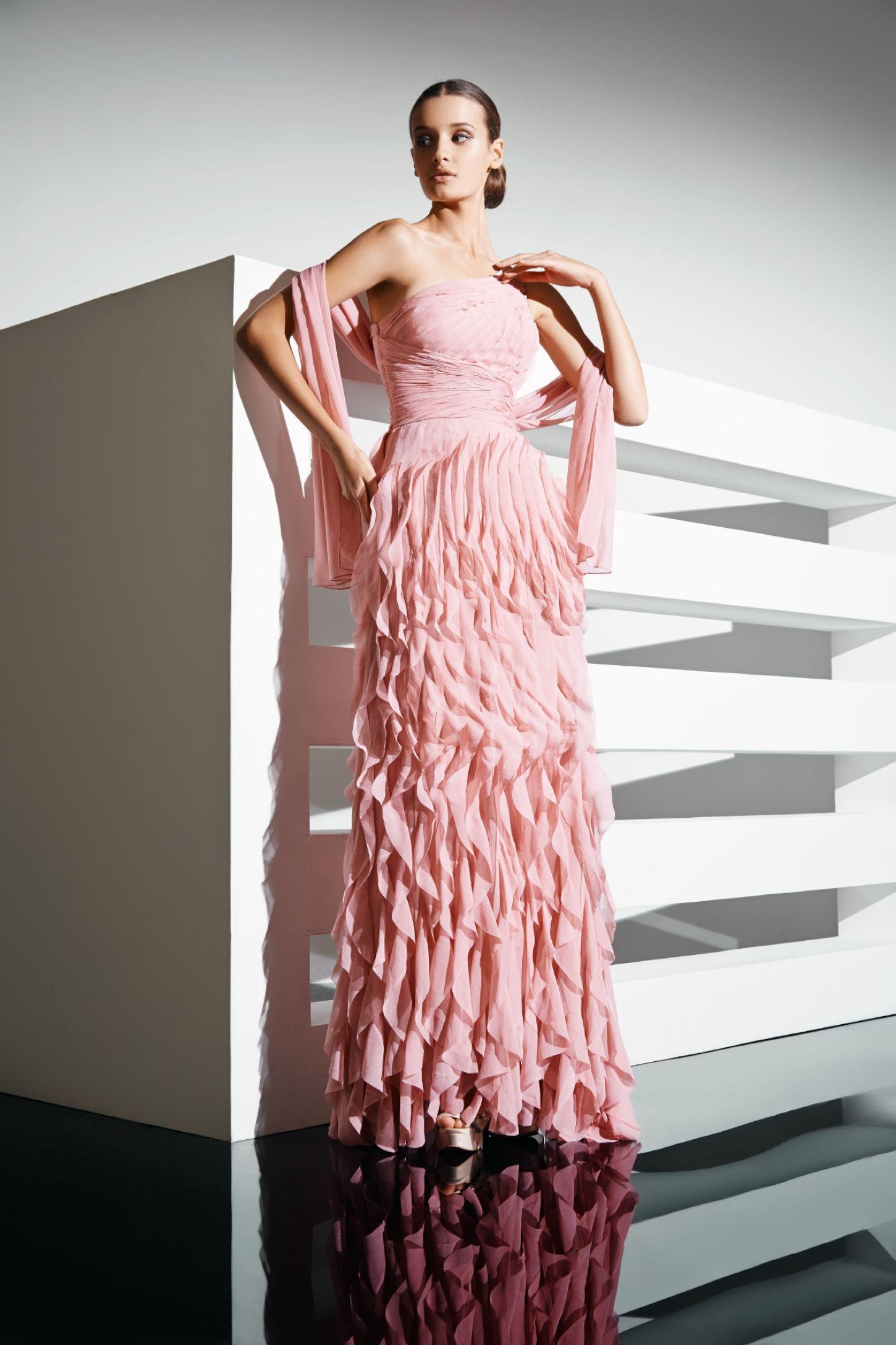 Asombroso Alquiler De Vestido De Novia Toronto Componente ...