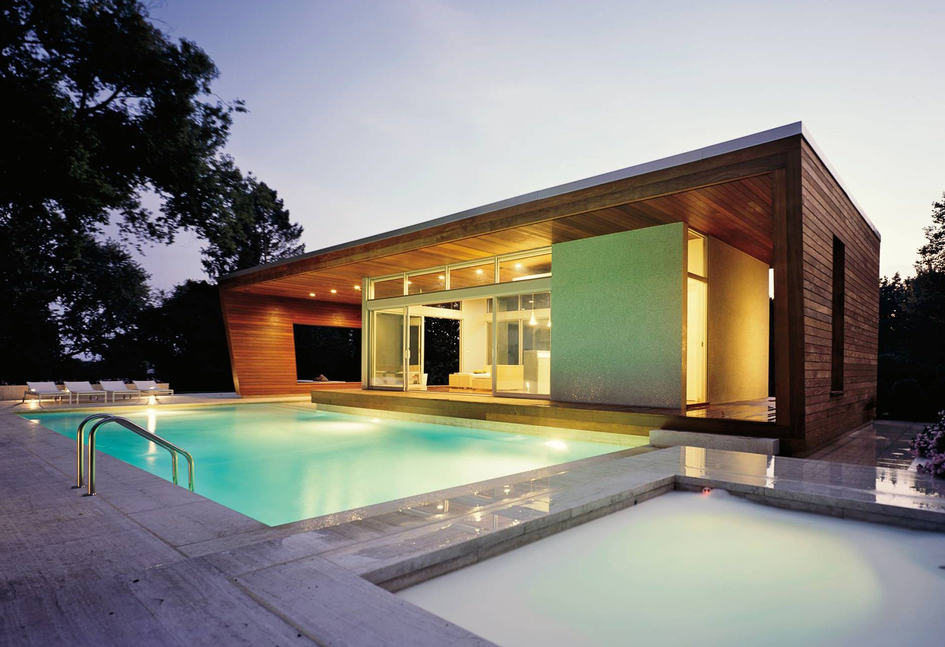 Scenic Outdoor Modern Swimming Pool Design On The Yard Of Contemporary Open House With Terrific Pool House Designs Modern Pool House Modern Architecture House
