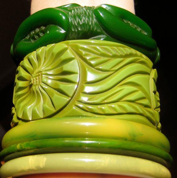 Heidi Vintage Brown Wool Purse Bakelite Bangles Green Bakelite