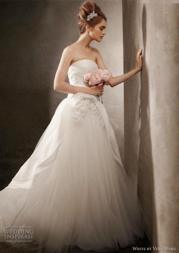 Stunning Vera Wang White Wedding Dresses