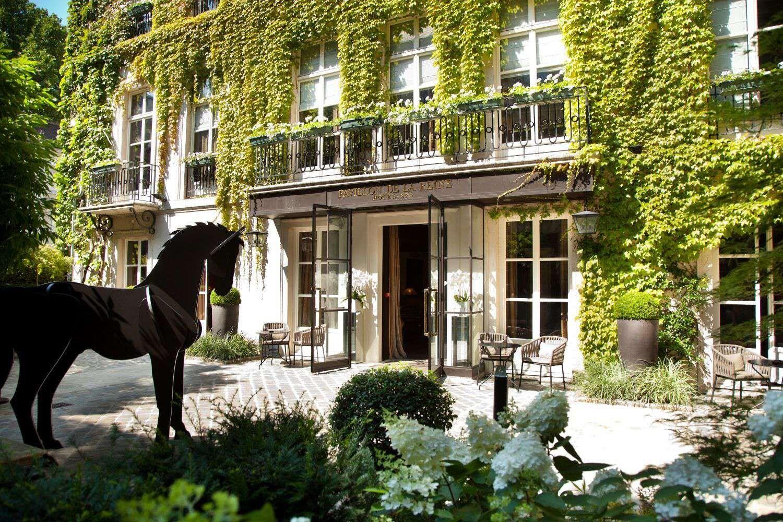Bar Terrasse privée le marais paris | Hôtel Pavillon de la Reine ...