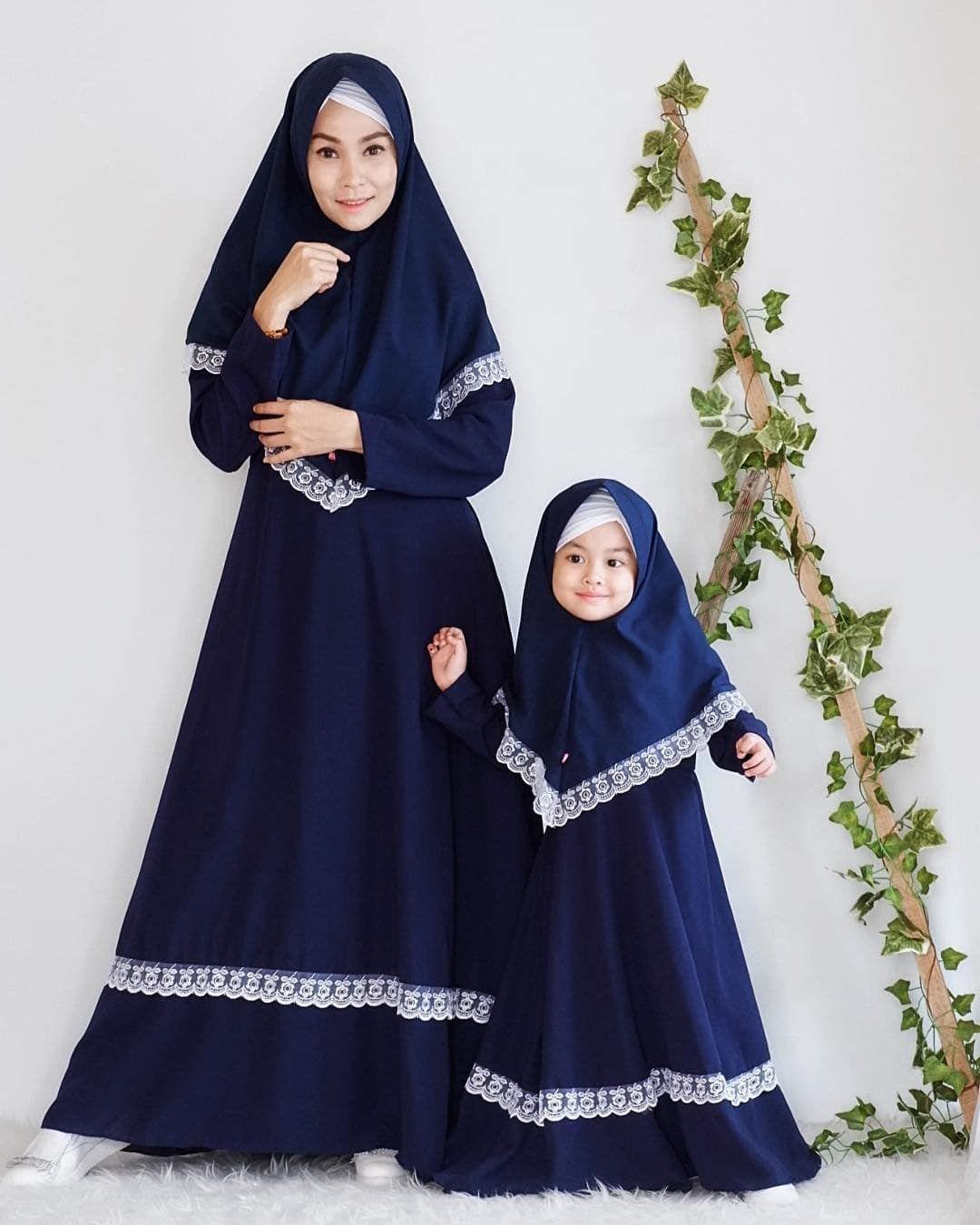 Model Gamis Ibu Dan Anak Terbaru di 8  Model pakaian gadis