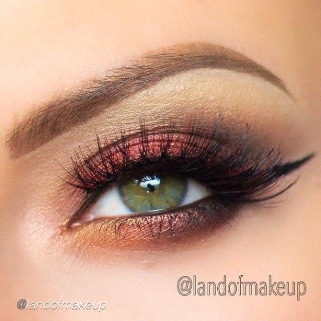 Burgundy And Gold Cat Eye Makeup Look Eye Makeup Looks I Love