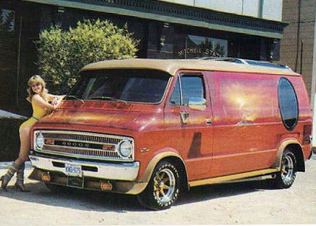 Custom 70 S Dodge Show Van With A Vista Roof Van Dodge Van Vintage Vans
