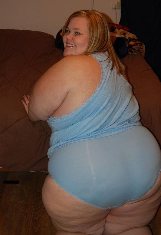 Ssbbw in tiny panties