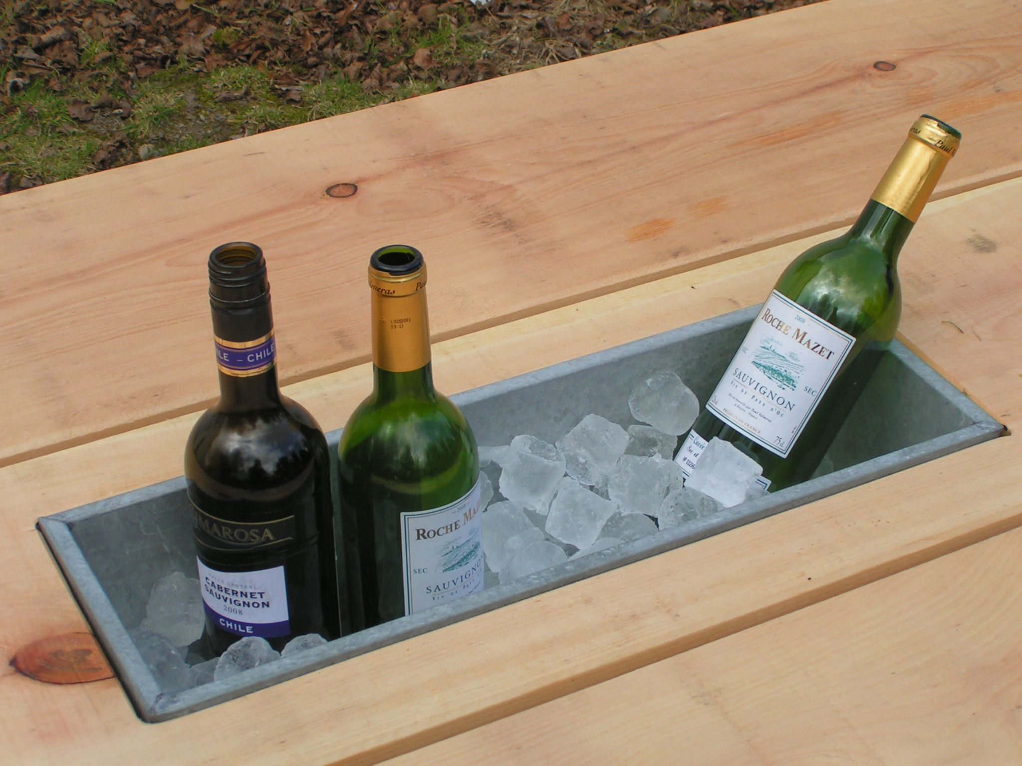 Table With Drink Trough Outside Table With Built In Ice Box Outside Bar Pinterest