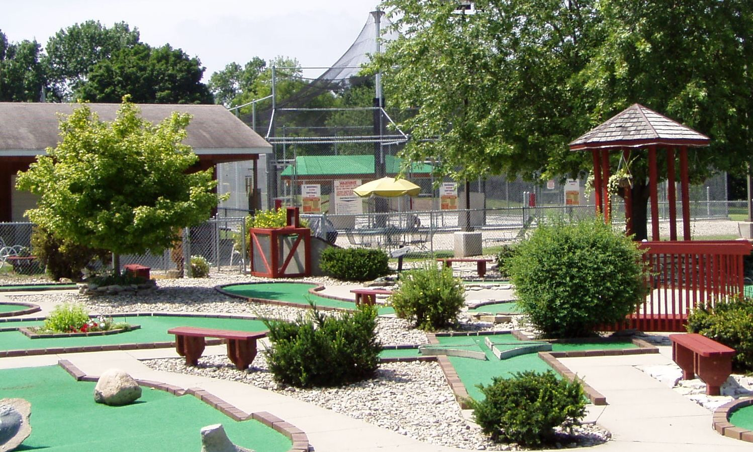 if golf is your game courses in charles city include the nine