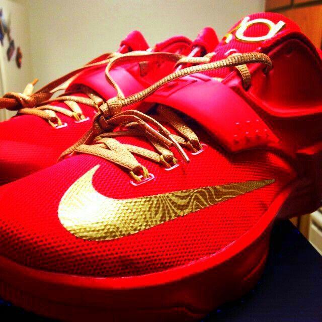 brand new e7e63 43bdf RED BOTTOMS KD 7$ | Nicki minja | Kd 7, Red gold, Nike id