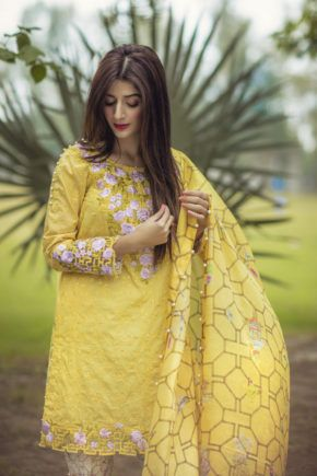 Saadia Asad Sunshine Bamboo Spring Summer Lawn 2017 Price in Pakistan famous brand online shopping, luxury embroidered suit now in buy online & shipping wide nation..#saadiaasad #saadiaasadlawn2017 #noorlawn2017 #noorspringlawn2017 #pakistanibridalwear #brideldresses #womendresses #womenfashion #womenclothes #ladiesfashion #indianfashion #ladiesclothes #fashion #style #fashion2017 #style2017 #pakistanifashion #pakistanfashion #pakistan Whatsapp: 00923452355358 Website: www.original.pk