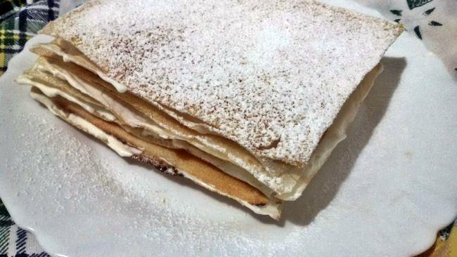 Milhojas de Nata con Pasta Brick