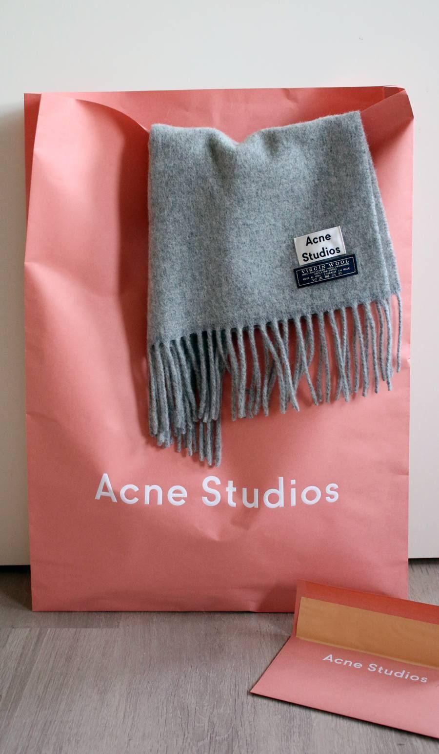 NEW IN | Acne Studios Canada Light Grey Melange Scarf