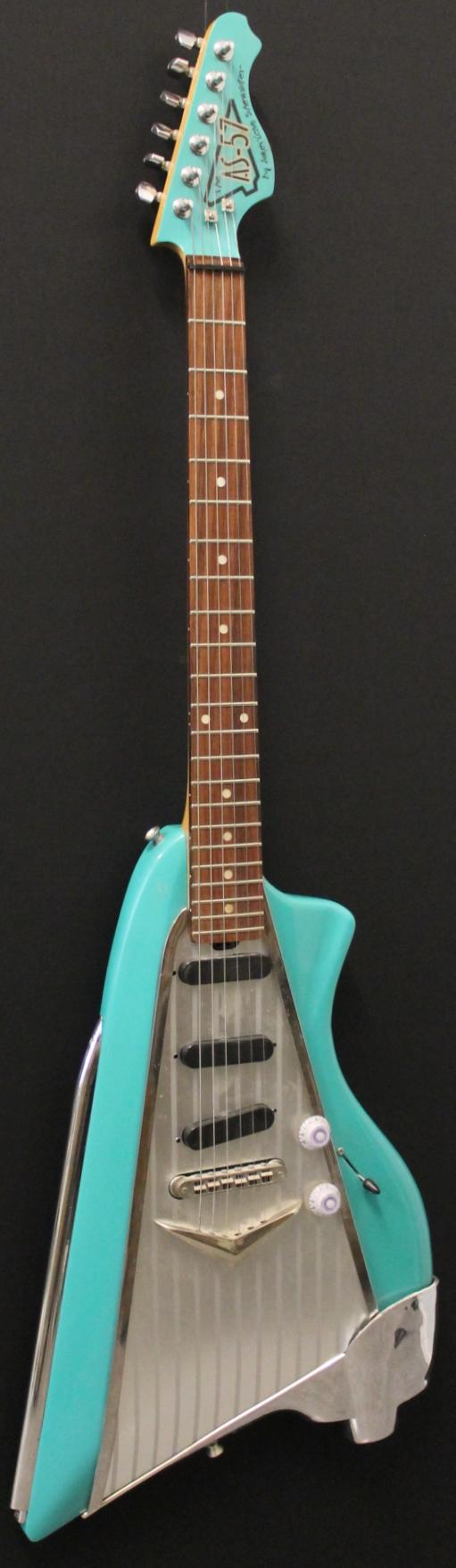 Kitarakuu - American Showster AS-57 Blue