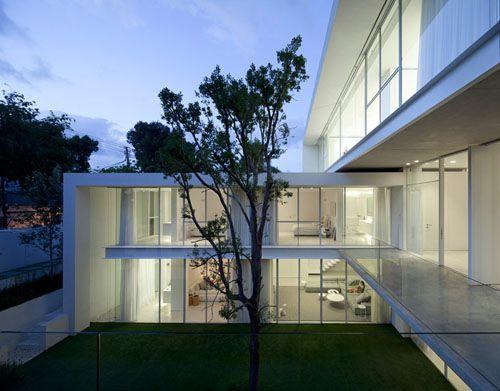 Ramat Hasharon House 13 by Pitsou Kedem Architect