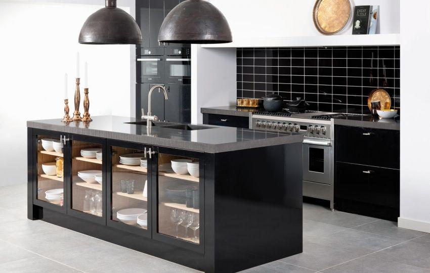 Strakke Zwarte Keuken : Grando keukens kitchen keuken keuken ideeën en keuken kookeiland