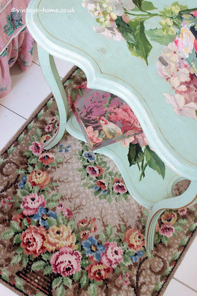 Vintage Home Shop - Pretty 1930s Victorian Rose Basket Rug: www.vintage-home.co.uk