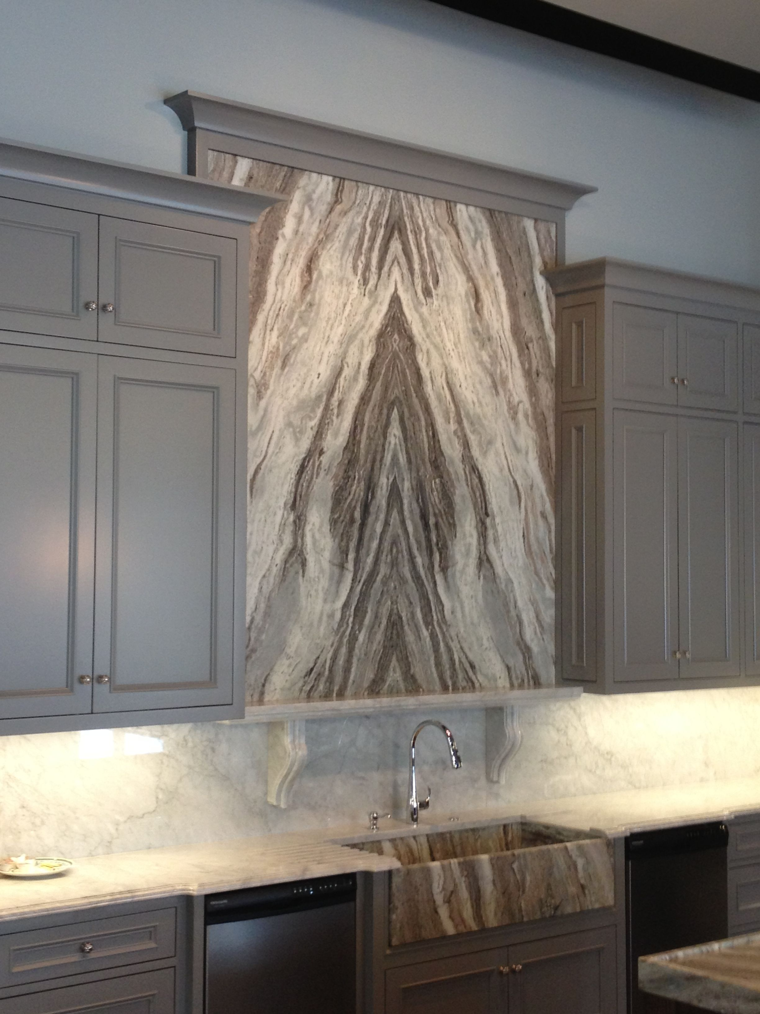 Best Fantasy Brown Quartzite Book Matched Accent Wall Fantasy 400 x 300