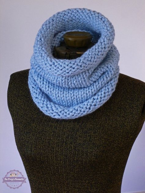 Make This Easy And Beautiful Chunky Cowl With Wool Ease Thick