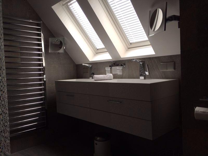 Exclusieve badkamer particuliere woning. Ontwerp en advies kleuren ...