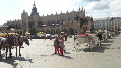 Marktplatz Krakau :-) (@ Stare Miasto in Kraków, małopolskie) https://t.co/CDdD0bZIMw