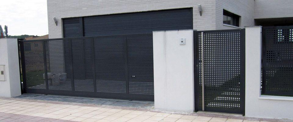 Cerramientos acero negro buscar con google exposicion - Puertas para cerramientos ...