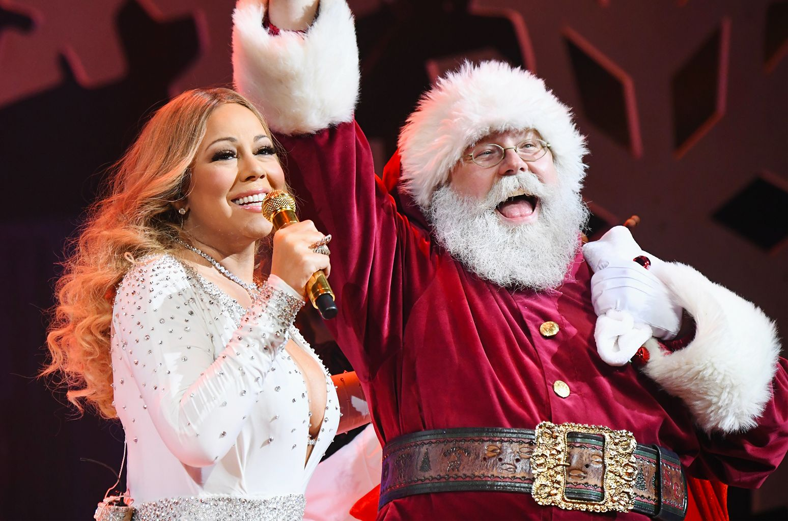 Mariah Carey On Biggest Hot 100 Holiday Hit In 60 Years This Is The Star On Top Of My Christmas Tree Best Christmas Songs Mariah Carey Mariah Carey Christmas