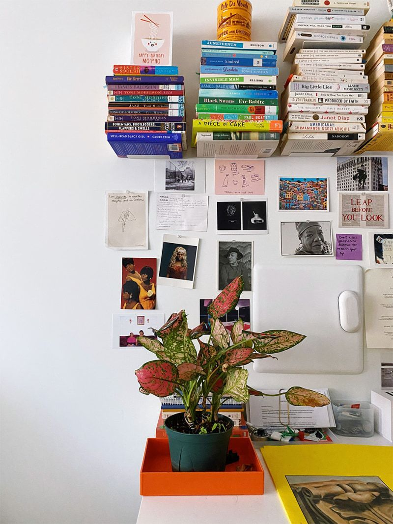 How A Blogger Perfected Her Color Coded Floating Library In 2020 Color Coding Floating Bookshelves Inspiring Spaces