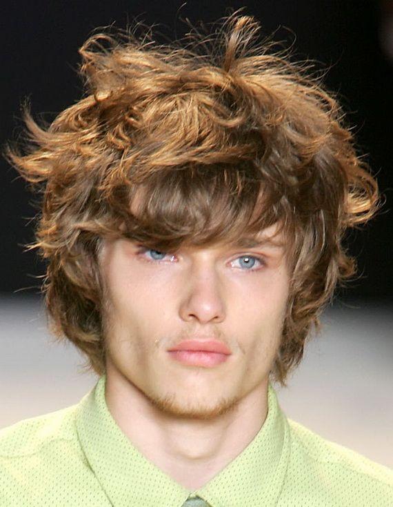 Trends Der Manner Mit Curly Frisuren Herren Frisuren Wellen Quiff