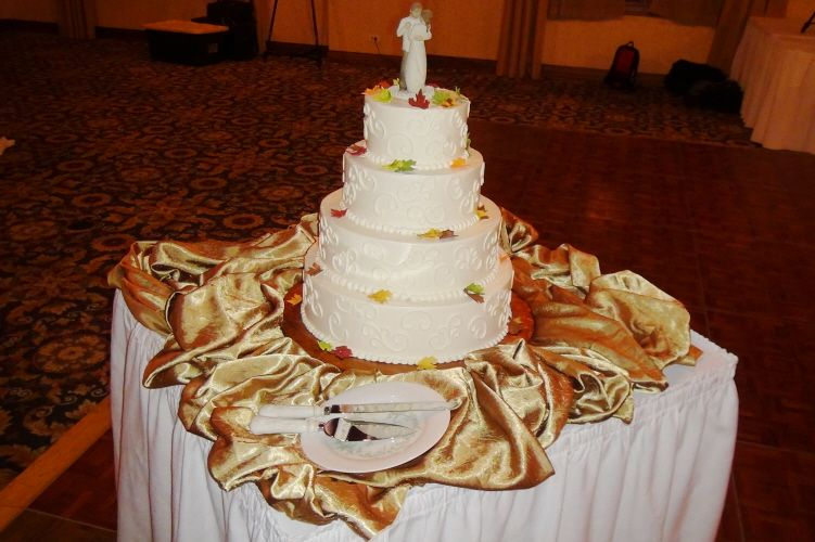 You May Even Choose To Have The Club Create Your Wedding Cake And - Create Your Wedding Cake