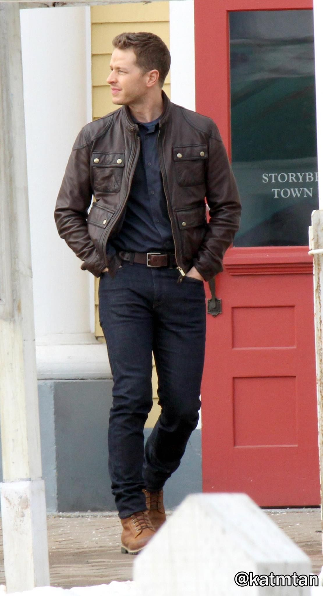 Pin By Tammy Sekuterski On Once Upon A Time Bomber Jacket Leather Jacket Fashion [ 2048 x 1110 Pixel ]