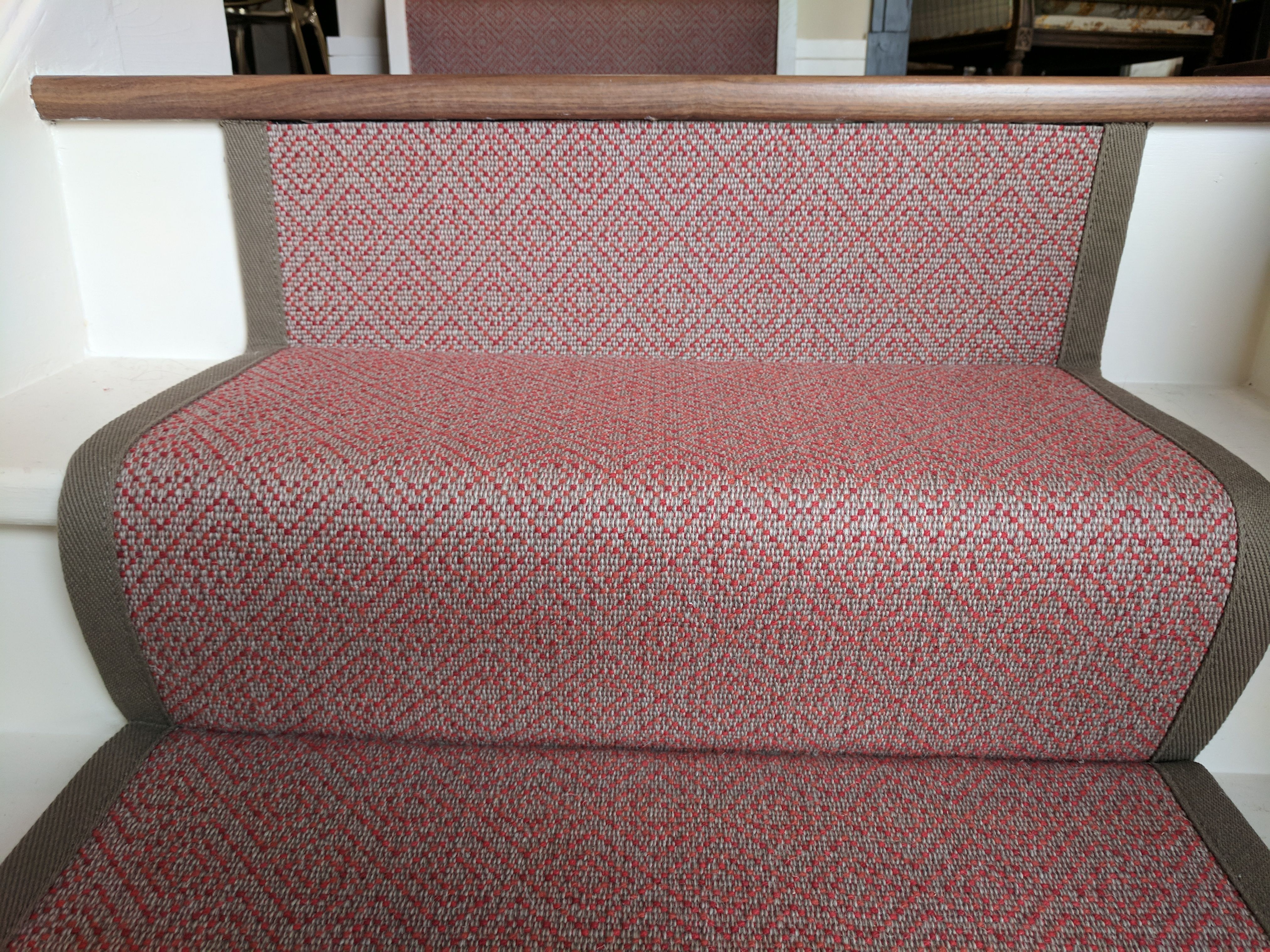 Best Red Patterned Stair Runner With Taupe Binding By B R 640 x 480