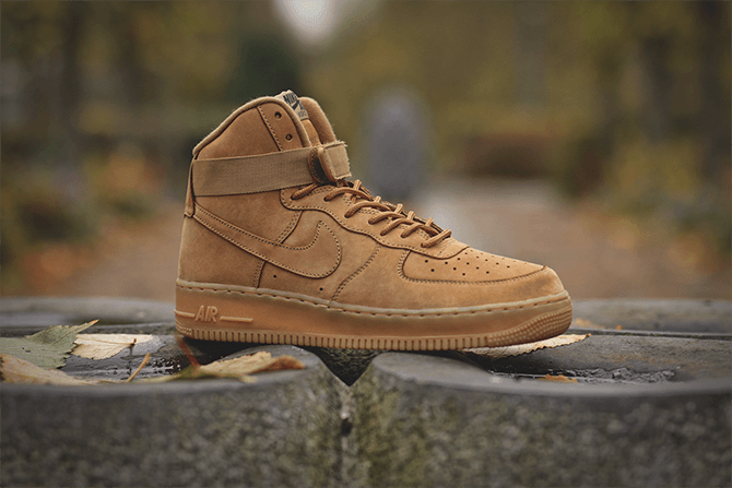 Closer look at the Nike Air Force 1 High 07 Flax.