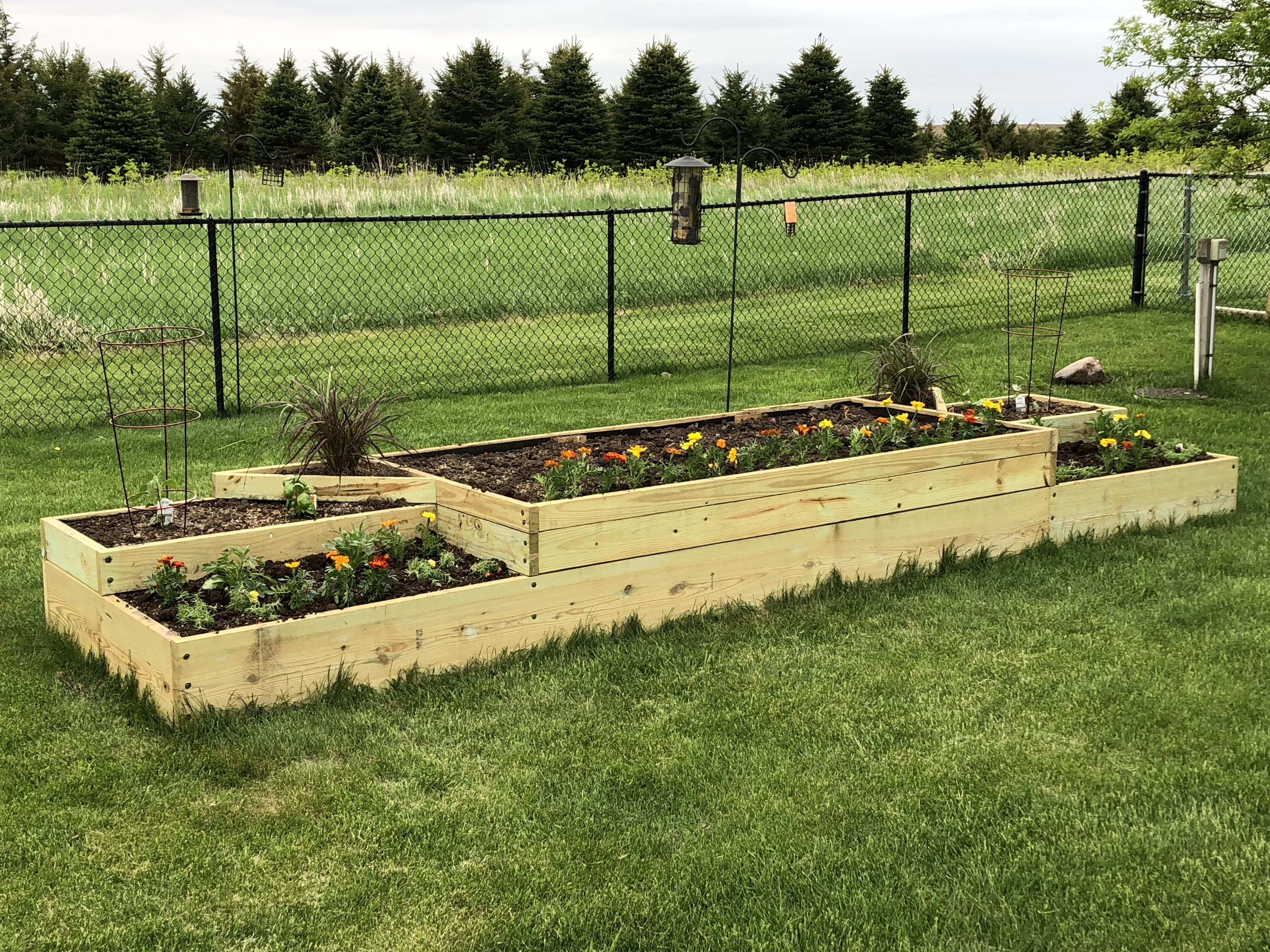 Tiered Raised Bed Garden Overall Dimensions 4 X 16 X 20 5