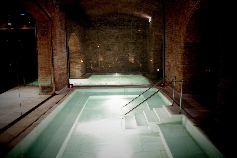 Aire De Barcelona Spa And Roman Baths Barcelona Spa Roman Bath Spa