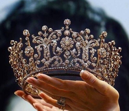 crown, Queen, and princess,wedding,accessories