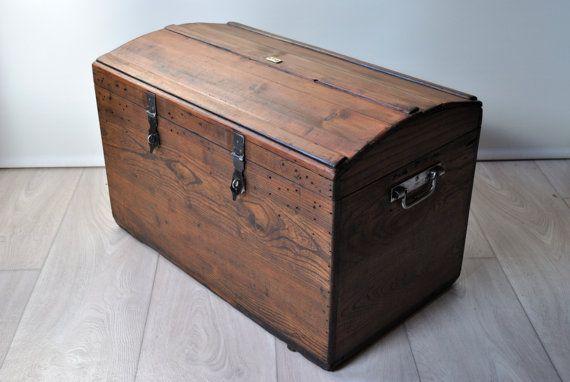 coffre en bois malle ancienne malle