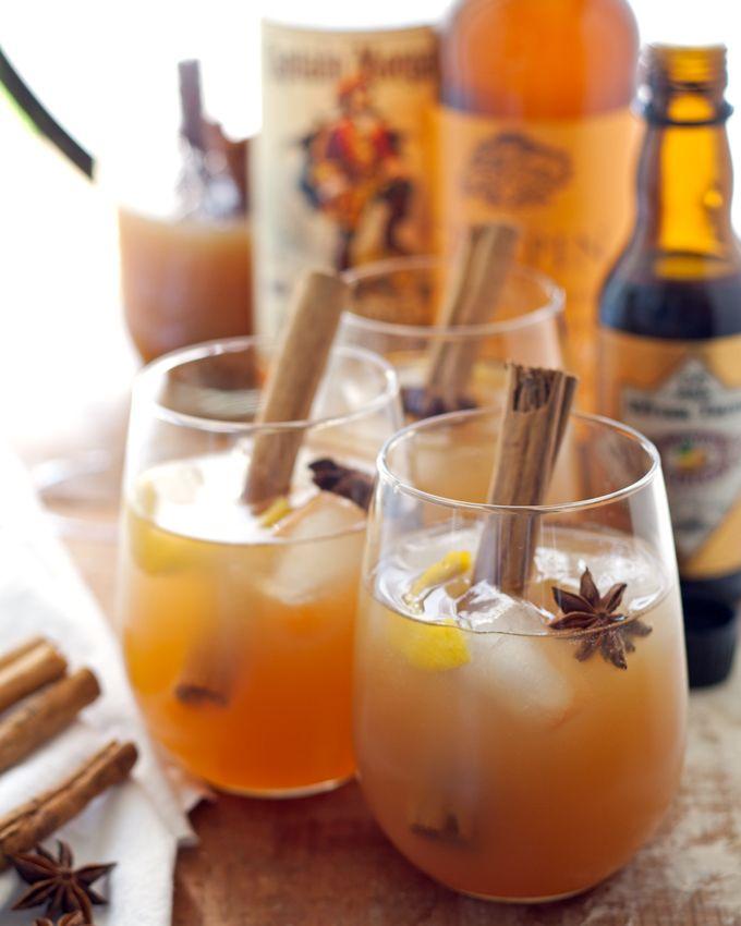 Autumn Spiced Rum Cider Cocktail - the perfect autumn cocktail!   honeyandbirch.com