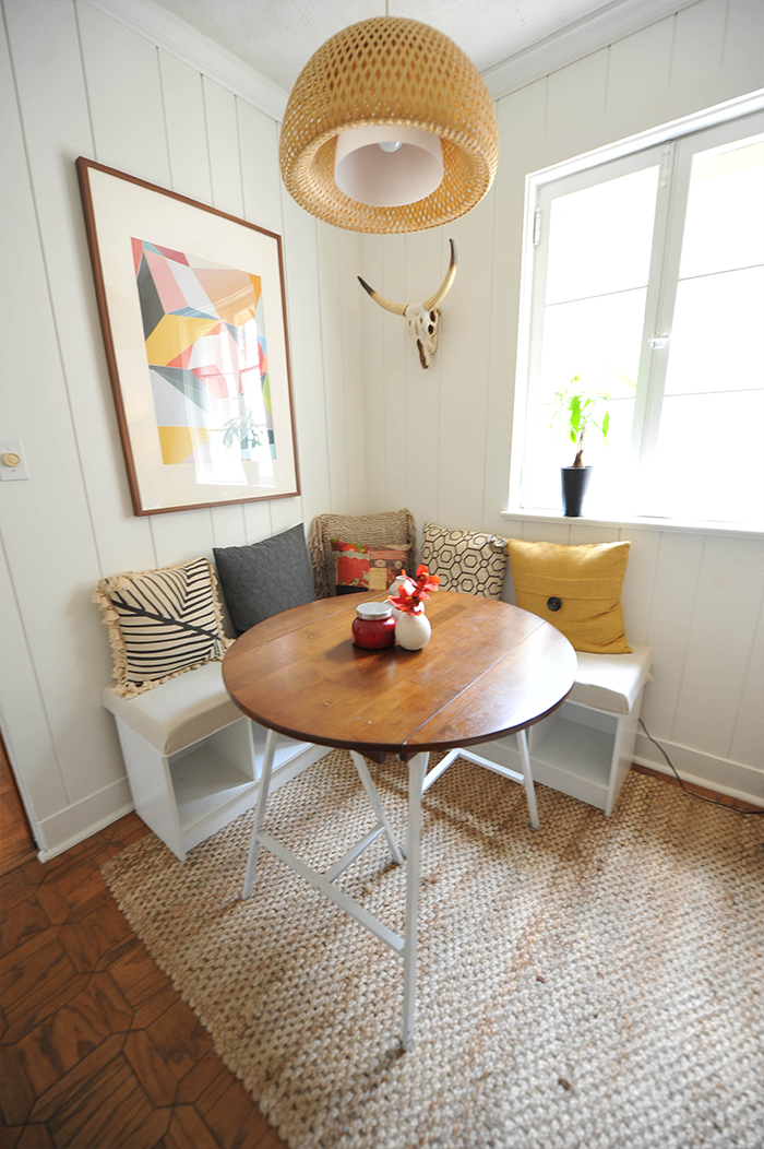 Diy breakfast nook with white desert modern decor for Small eating table