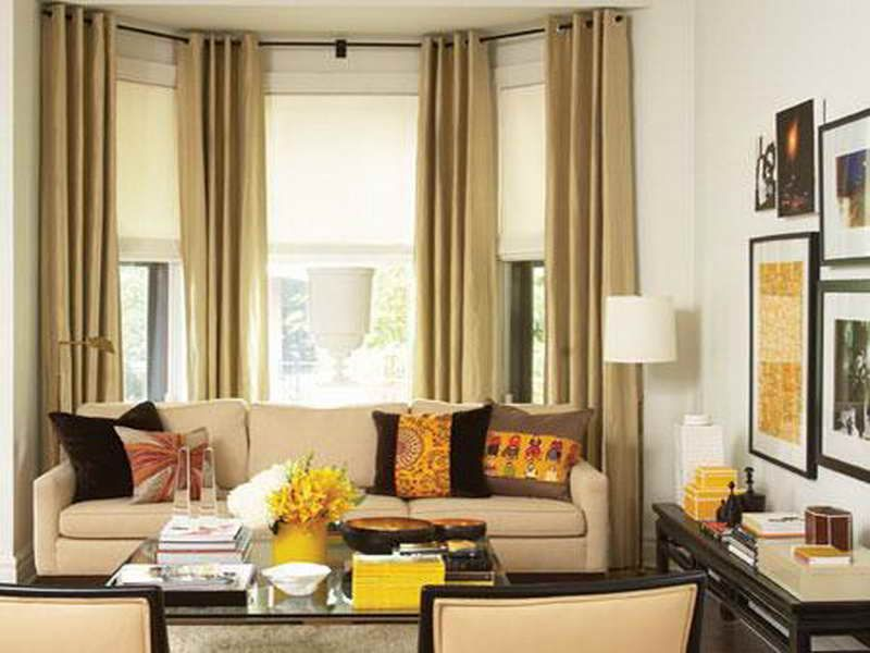 Ideas for bay windows in a living room living room bay - Living room bay window treatments ...
