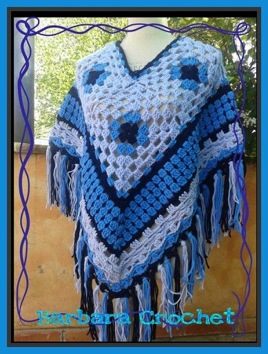 Poncho country in lana ad uncinetto sei piastrelle granny square con bordo finale e frange - Piastrelle di lana all uncinetto ...