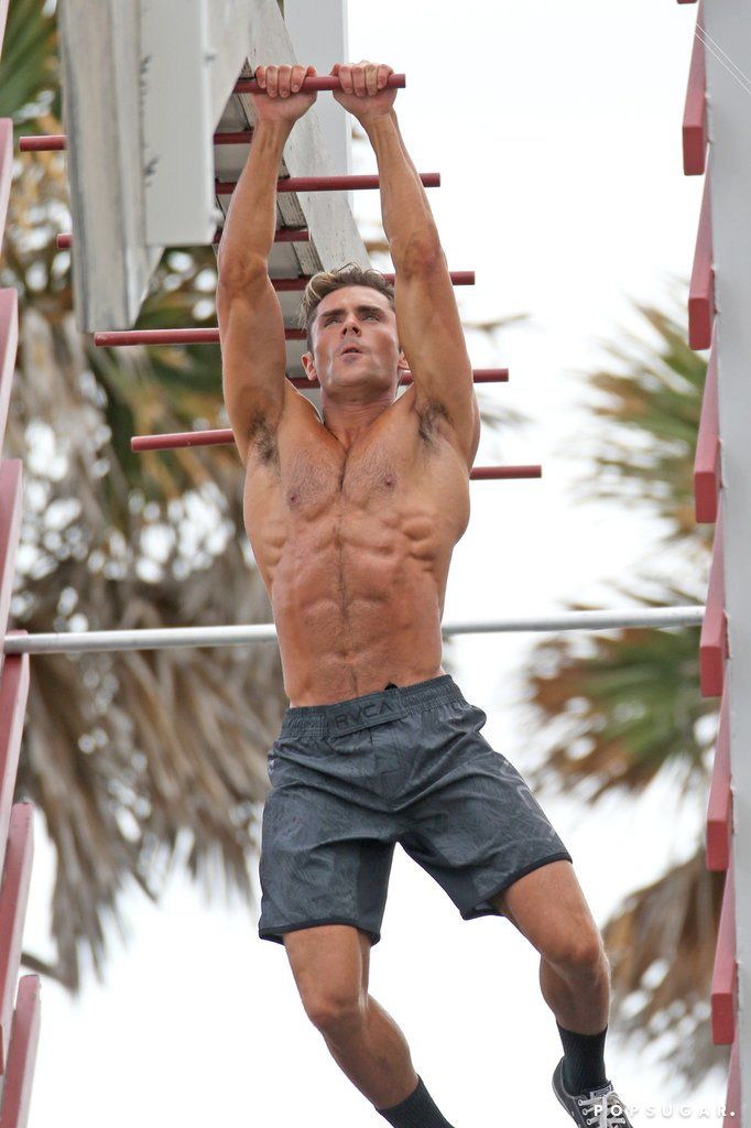 bb27f3975c You'll Definitely Need CPR After Seeing These Shirtless Zac Efron ...