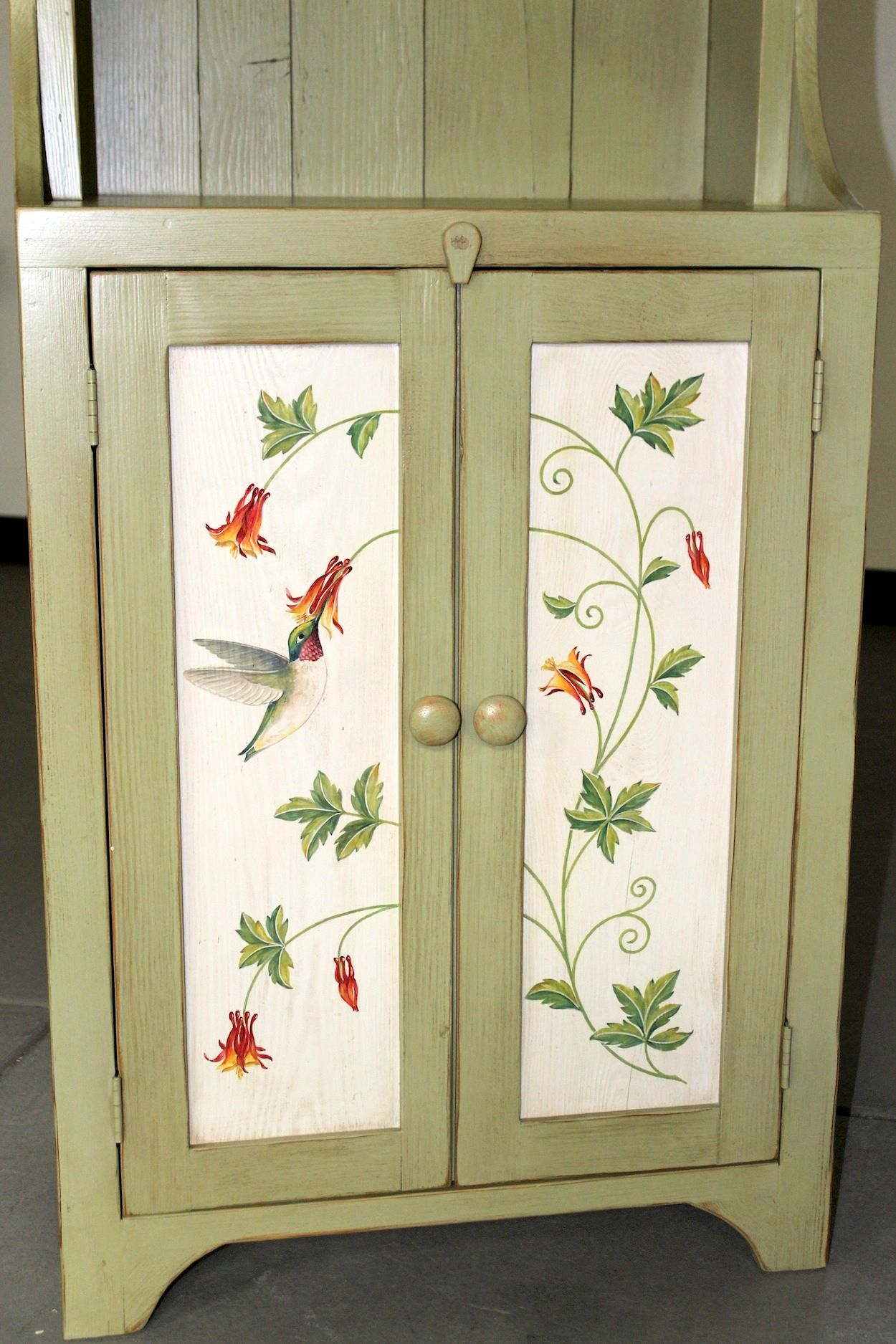 Hand painted furniture muebles viejos pintar y viejitos - Armarios pintados a mano ...