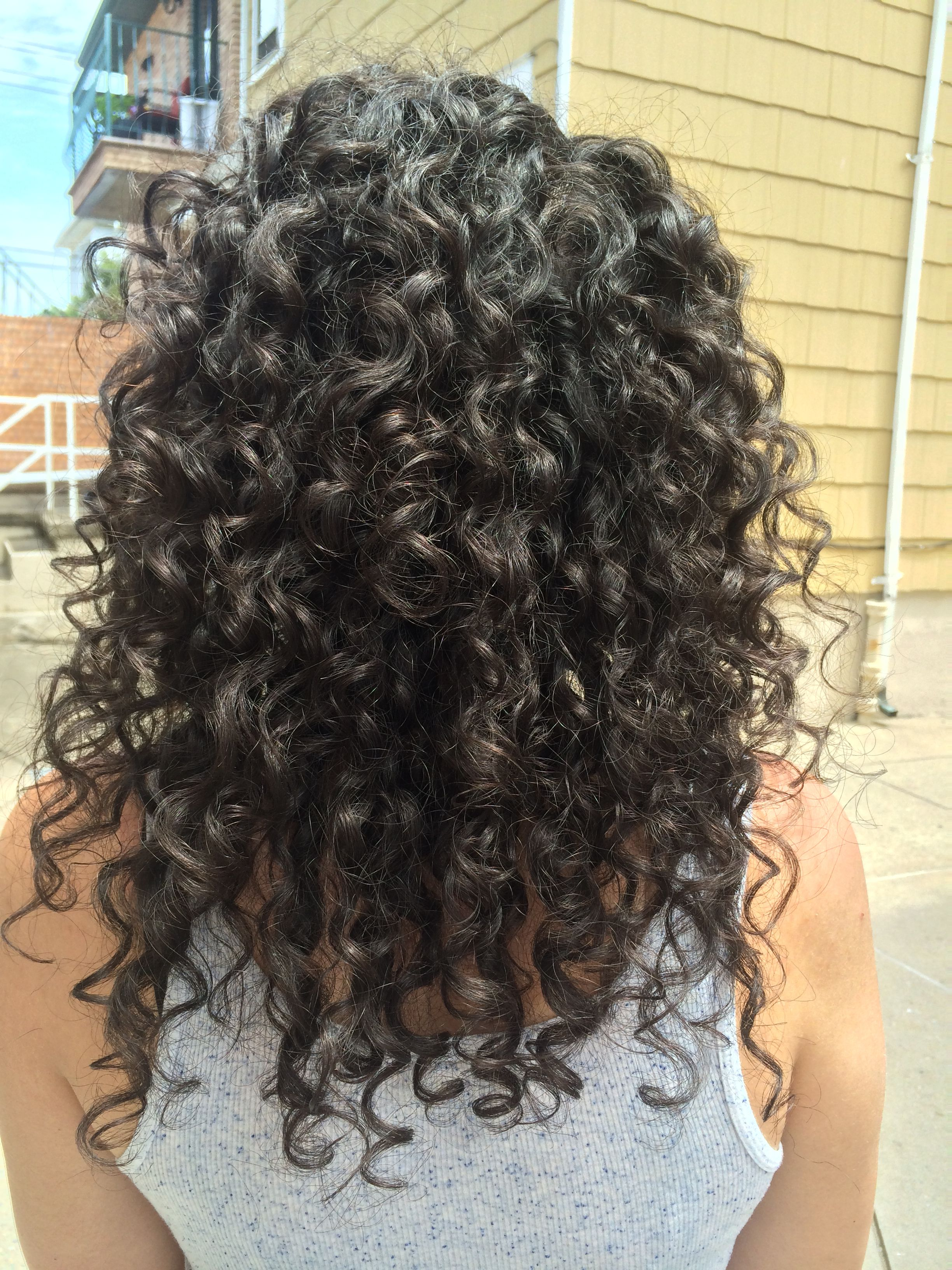 The Morning After My 1st Wash Style With The 3 Step Deva Curl Line Huge Difference My Hair Already Looks Hair Curly Hair Care Curly Hair Styles Naturally