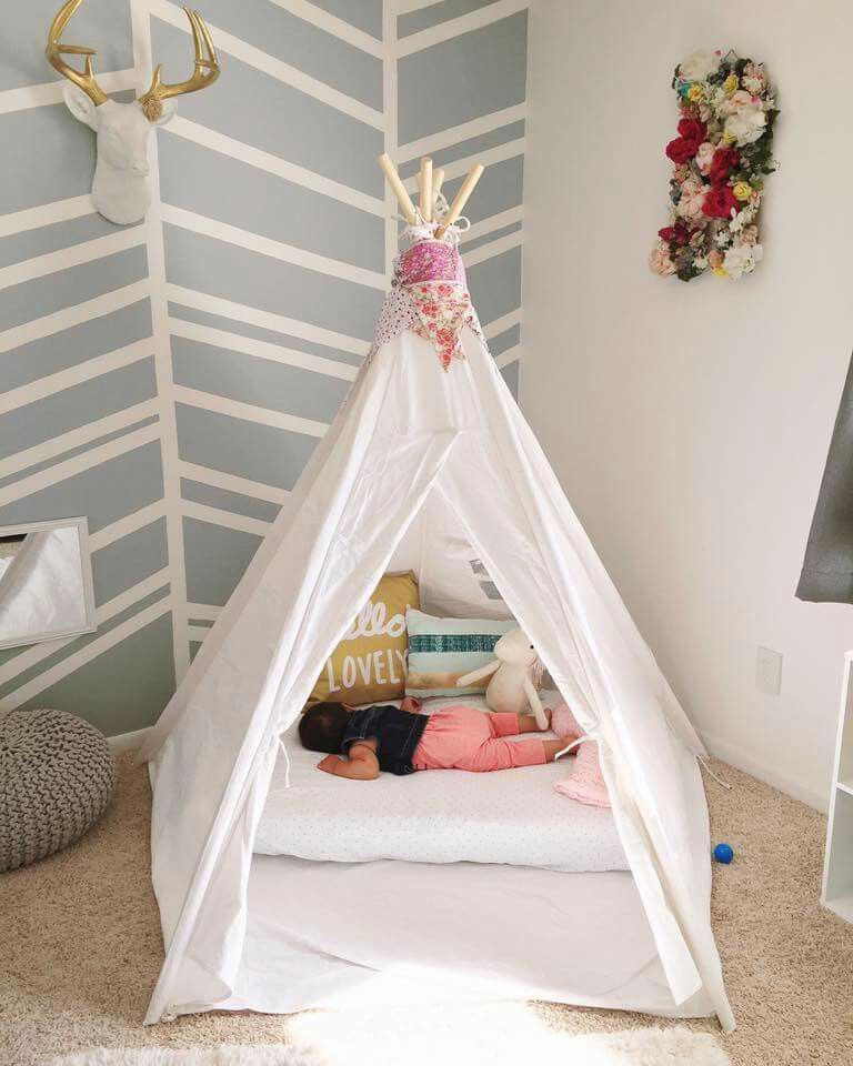 crib mattress on floor in tent baby products pinte. Black Bedroom Furniture Sets. Home Design Ideas