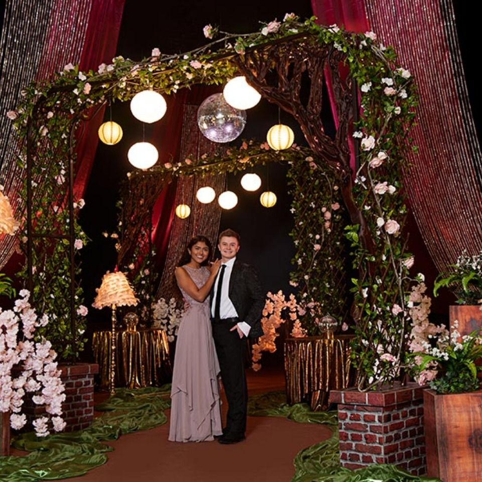 Midnight Rose Garden Complete Theme Prom Themes Prom Decor Midnight Rose
