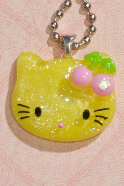 Yellow Glitter Hello Kitty Necklace