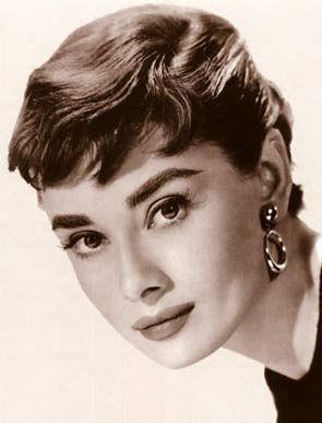 Audrey Hepburn Makeup How To Black White Pinterest Frisuren