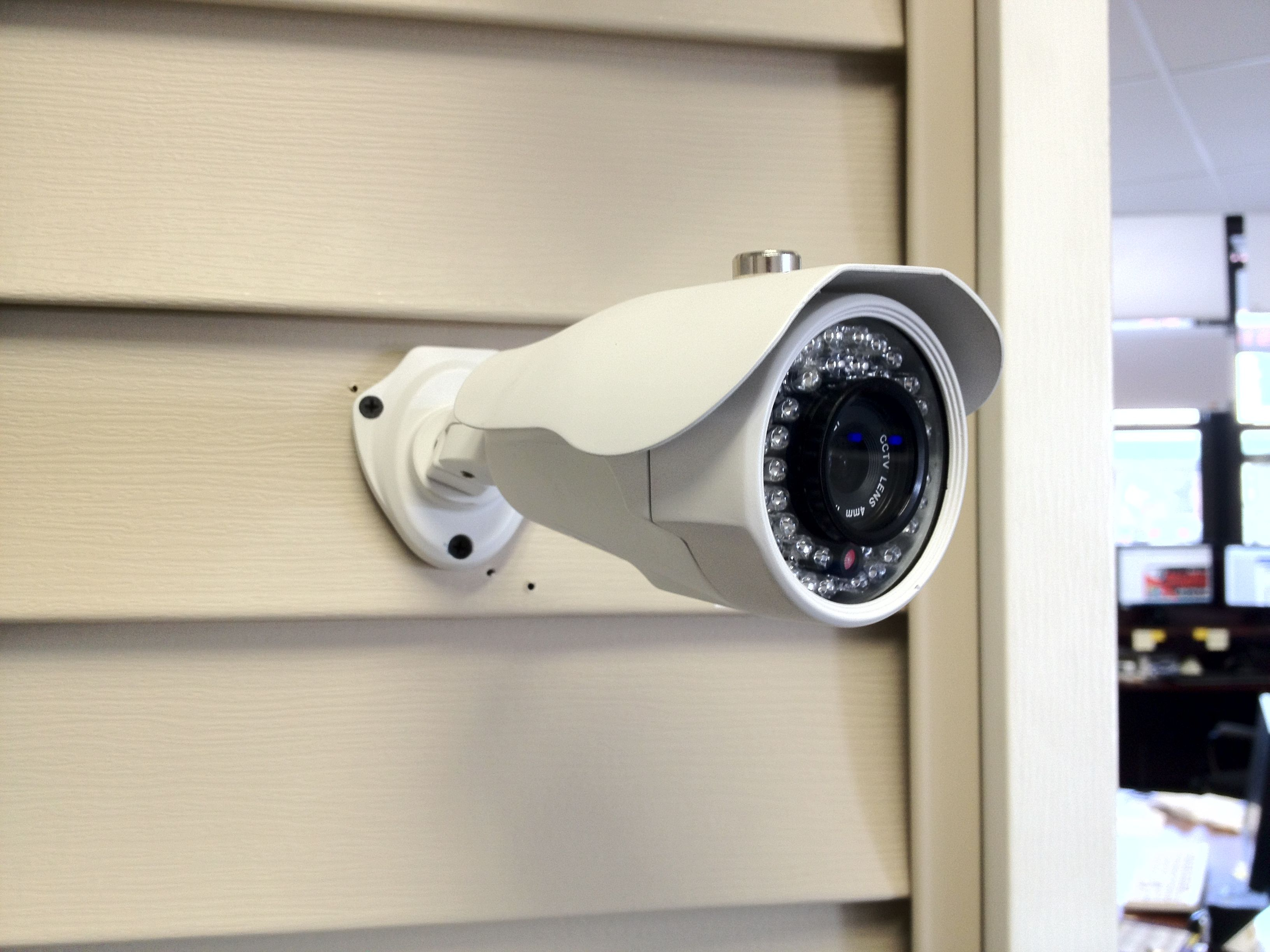 Let us help you select the best outdoor cameras for your home ...