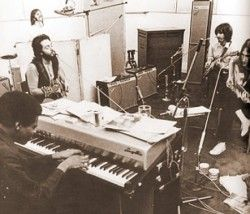 Billy Preston with the Beatles - Let It Be sessions / Leslie speaker in the studio