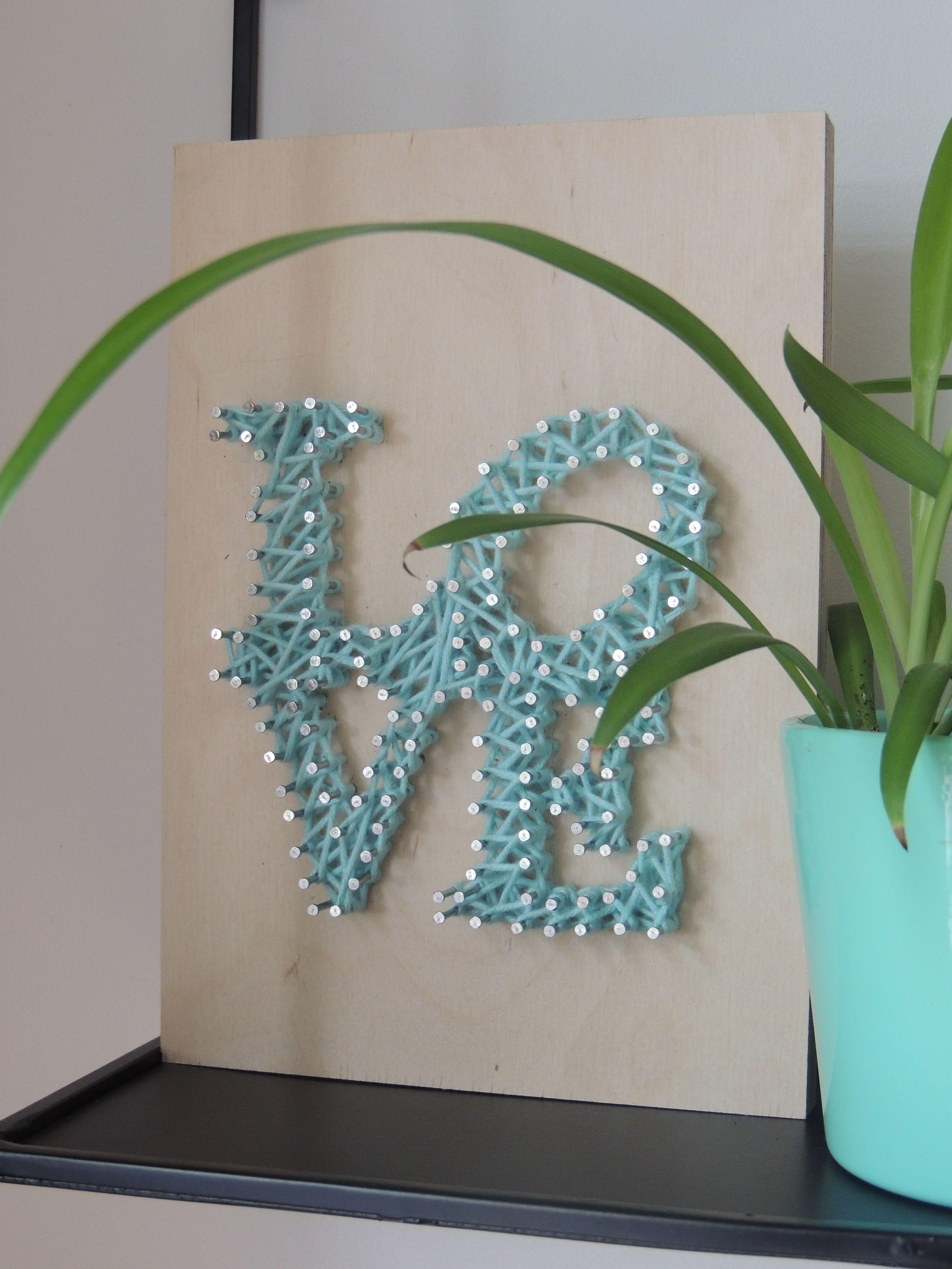 DIY spijkerkunst \'love\' - KVLV - aanbod2018 - Spijkerkunst | Pinterest